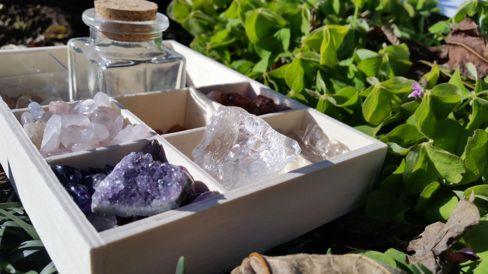 gemstone   present4_u, cutlery, party, herb