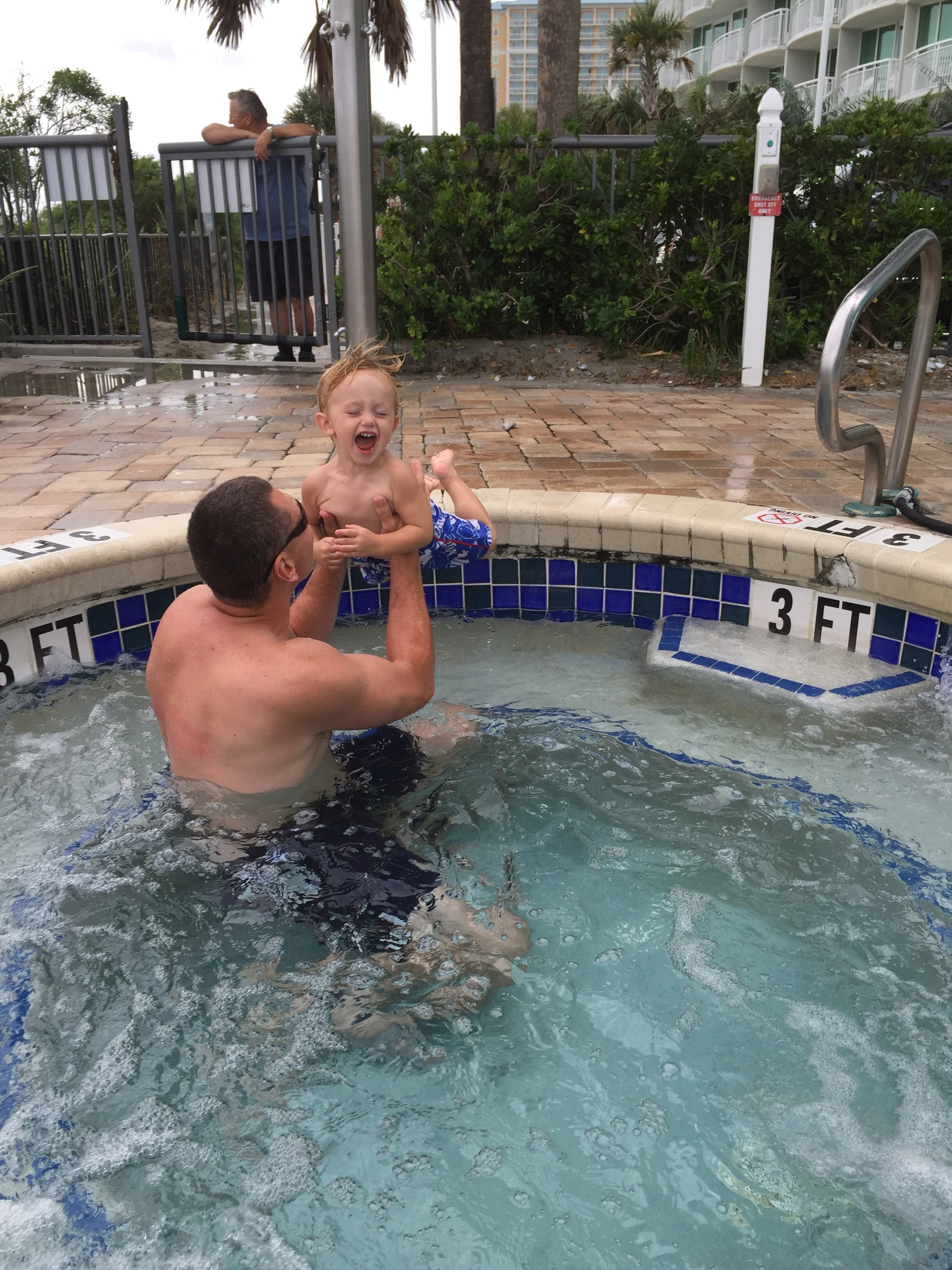 What's more fun than jumping into daddy's arms in the hot tub?