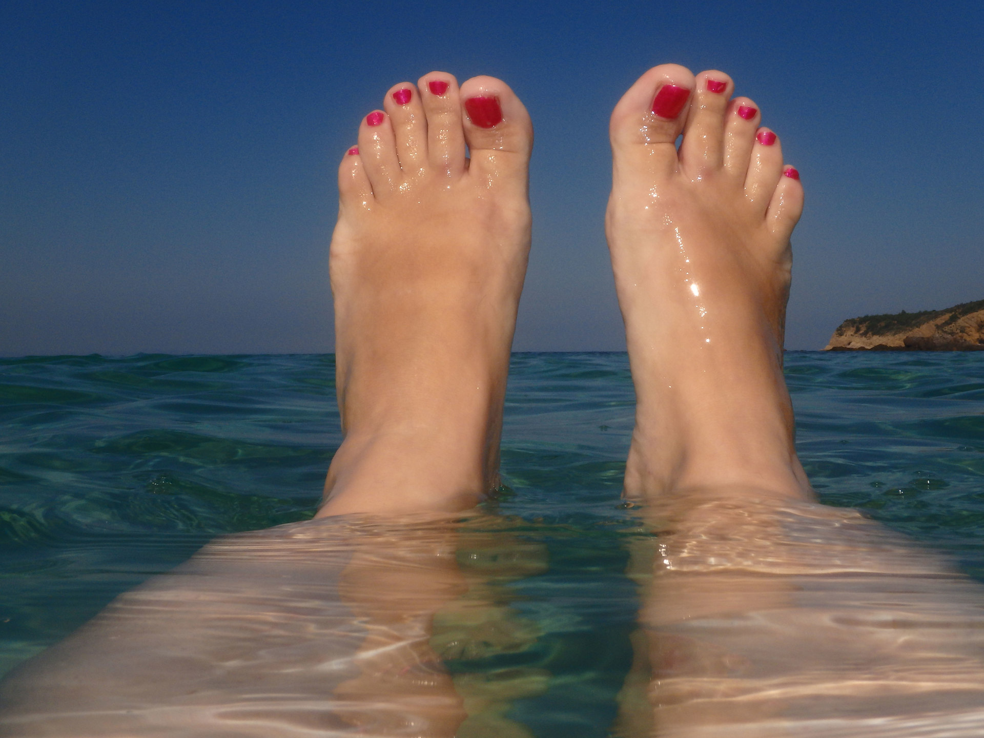 Foapcom Woman Feet Above Sea Level Woman Feet With Red Nail - Feet above sea level