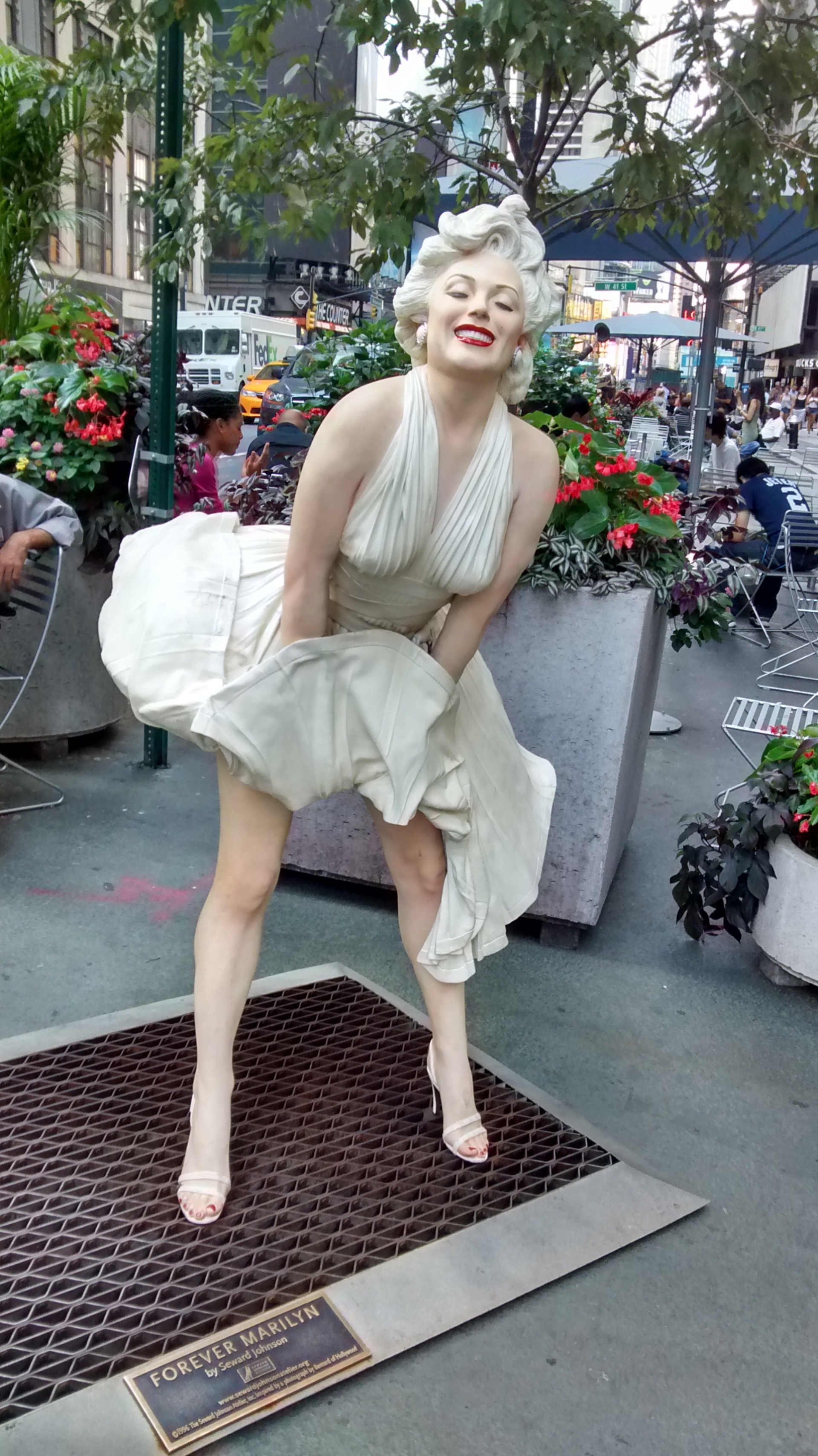 Artwork of Marilyn Monroe. 40th street and Broadway