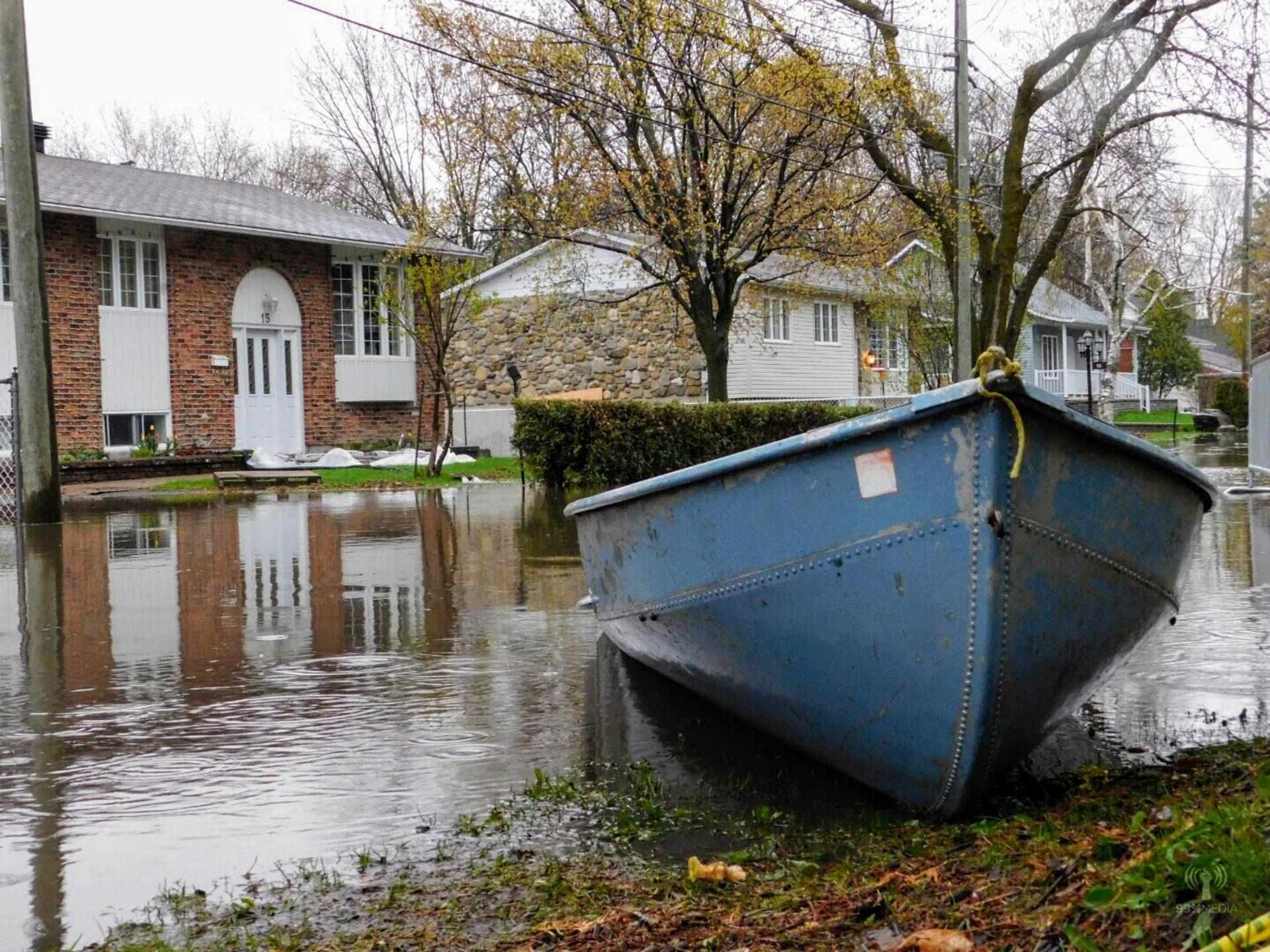 Quebec 2017 floods | rick.cognyl.fournier, water, river, flood