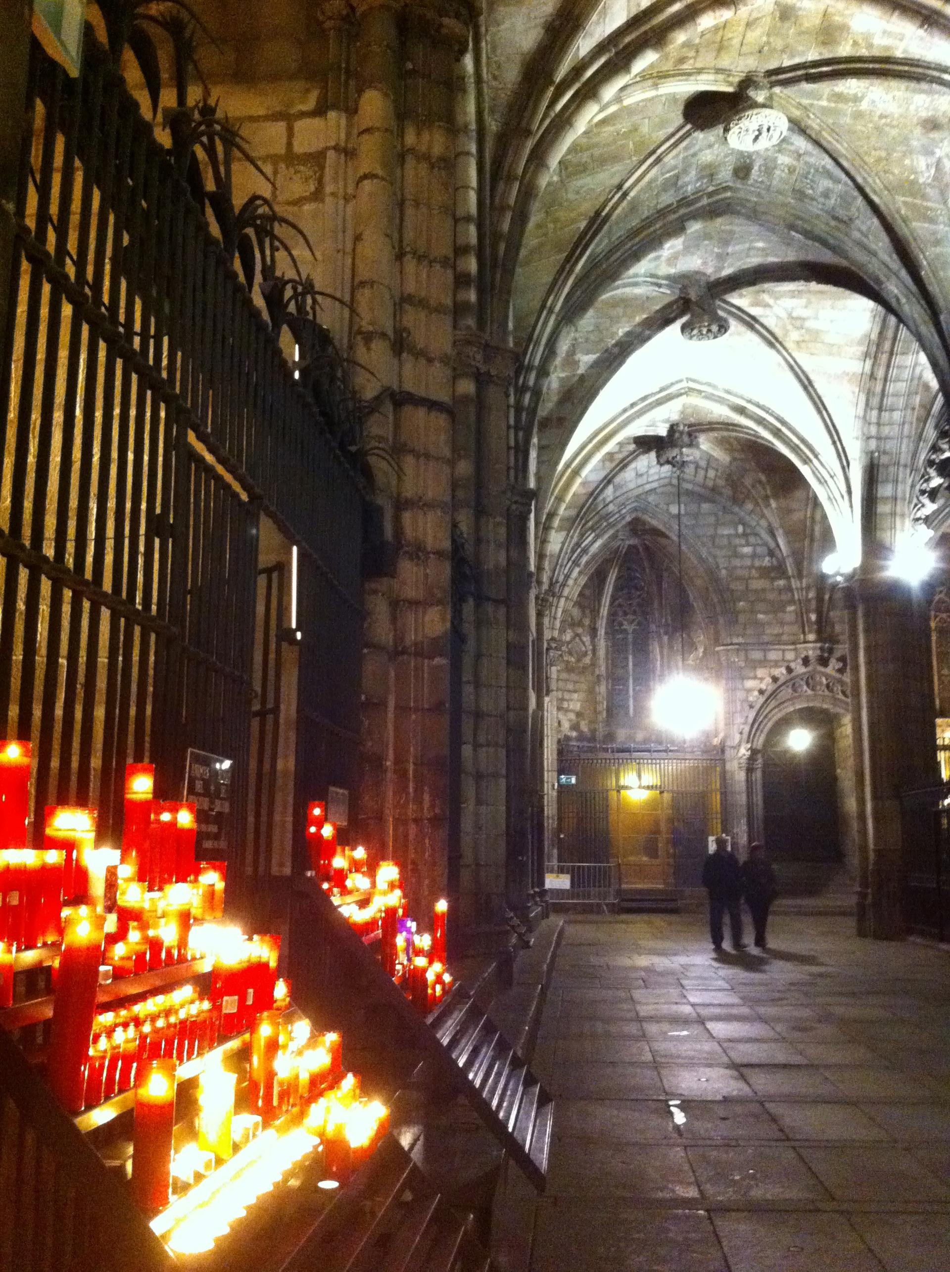 Corridor Cathedral   gato.gordi, arch, architecture, cathedral