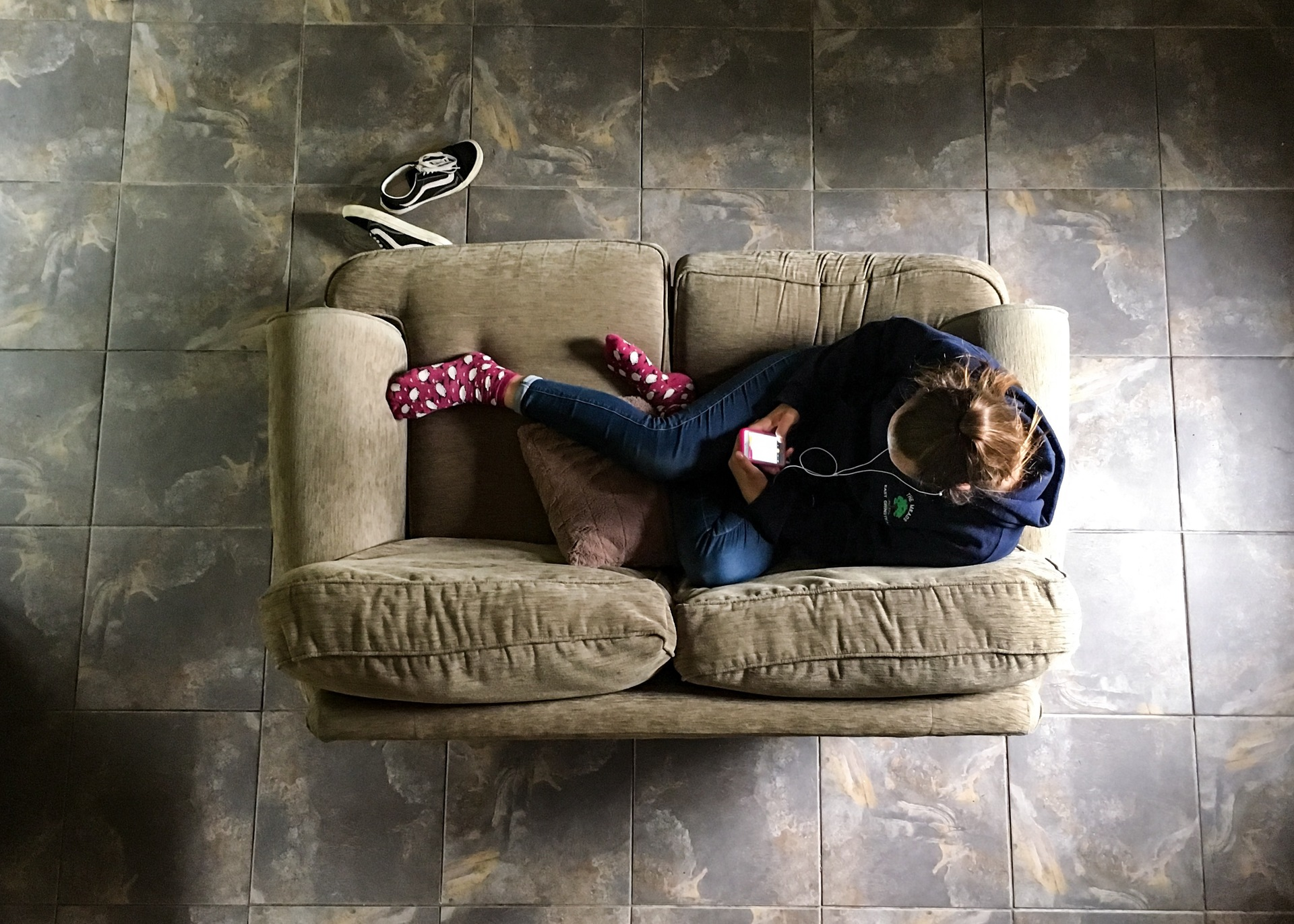 Leisure  | sweater, jumper, sofa, girl