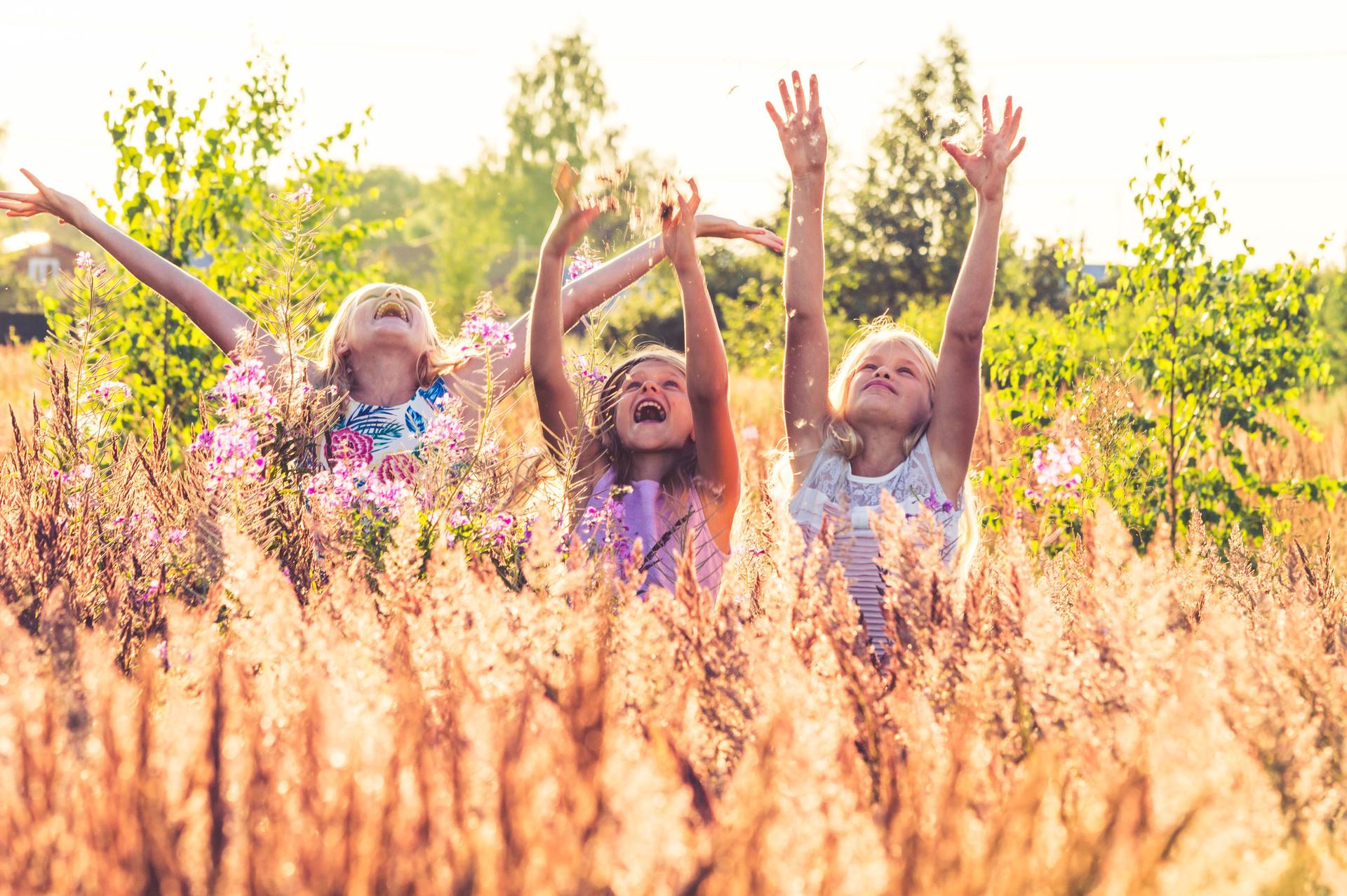 girls have fun | little_klein, joy, child, nature