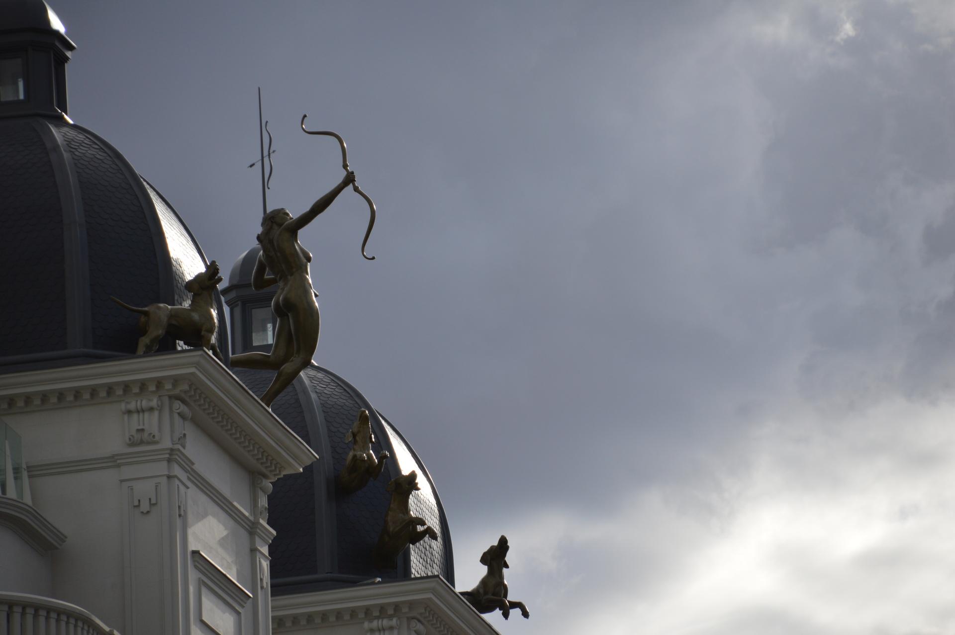 Tejado de la gran vía, Madrid. España-Roof of Gran Via, Madrid. Spain