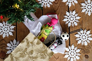 Totes Gift Sets for Holiday example photo