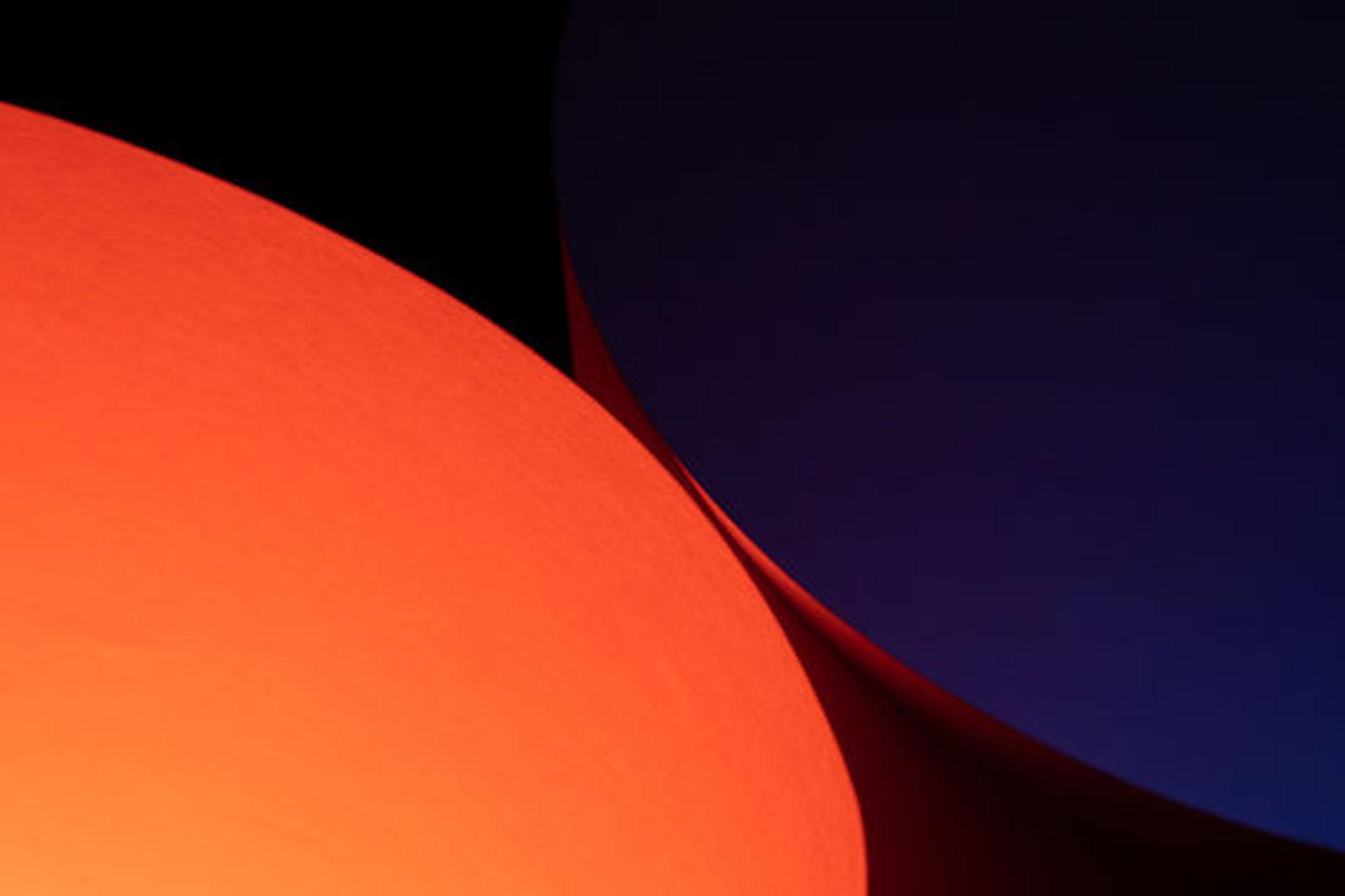 Blue x Orange example photo
